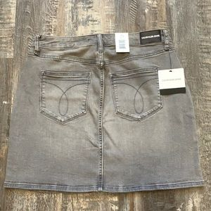 🔥NEW Calvin Klein jean skirt